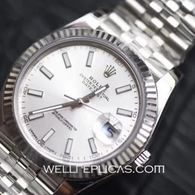 Man Rolex Datejust 41mm Case Stainless Steel Silver Band Watch